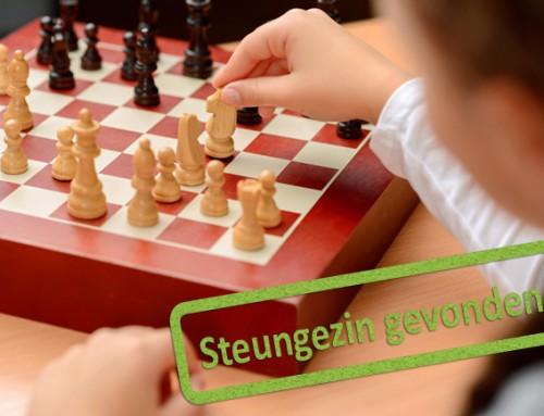 Bij welk steungezin in Velserbroek kan hoogbegaafde jongen (8) komen schaken?