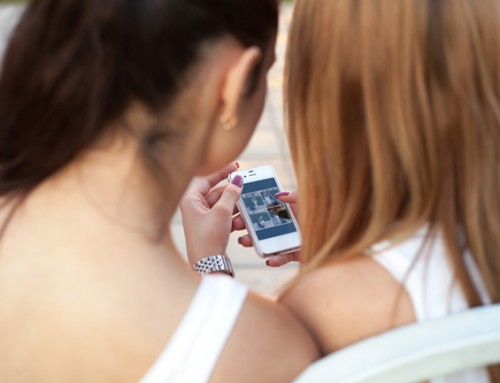 Slim en sociaal meisje van 13 zoekt vriendinnetje(s) in haar buurt