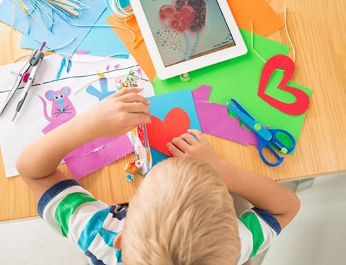 Moeder uit Heemskerk zoekt voor haar 5-jarige zoon creatieve steunouders