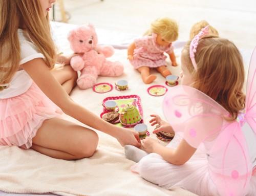 Meisjesgezin gezocht voor 5-jarige poppenmoeder