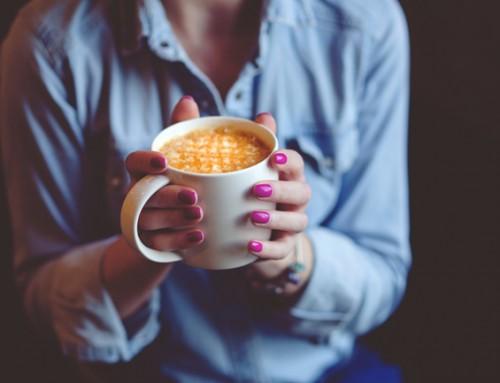 Welke moeder vindt het gezellig af en toe samen koffie te drinken?