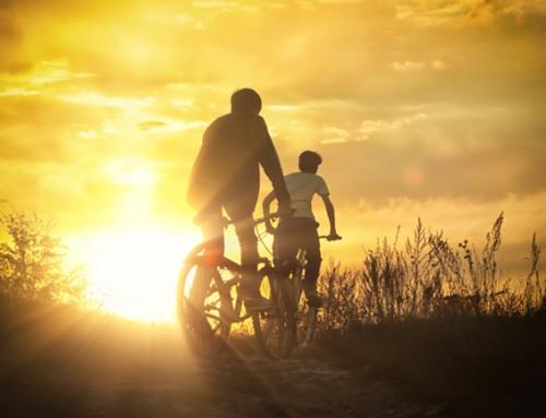 Wie wil een vrolijke charmeur leren fietsen?