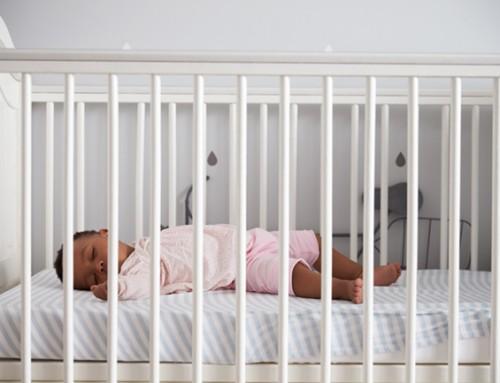 Warm open gezin gezocht voor moeder en haar baby (9 maanden)